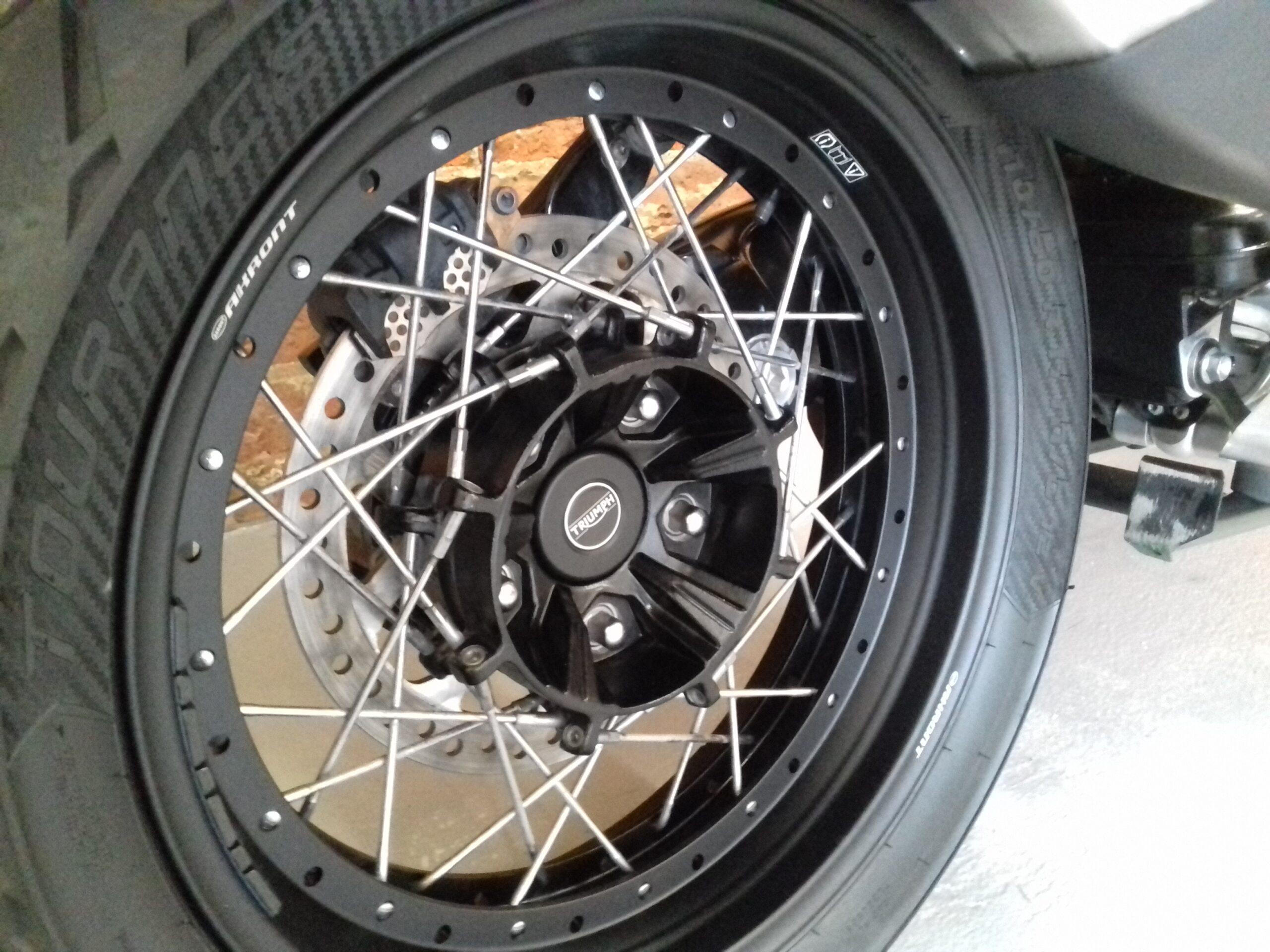 2017 TRIUMPH TIGER EXPLORER 1200 XCA 1215 XCA FULL LUGGAGE ULTRA LOW MILEAGE