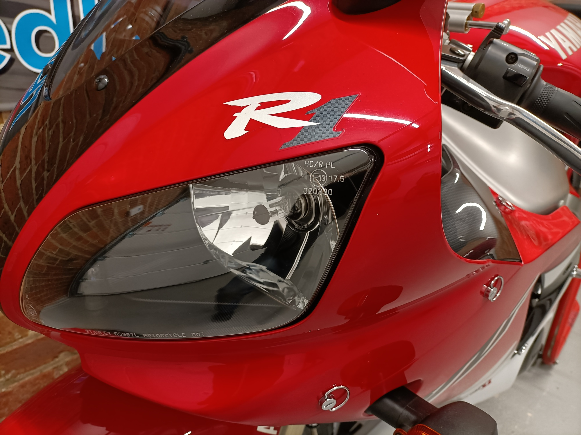"""YAMAHA YZF R1 4XV ONE OWNER LOW MILEAGE """"SHOW QUALITY CONDITION"""""""