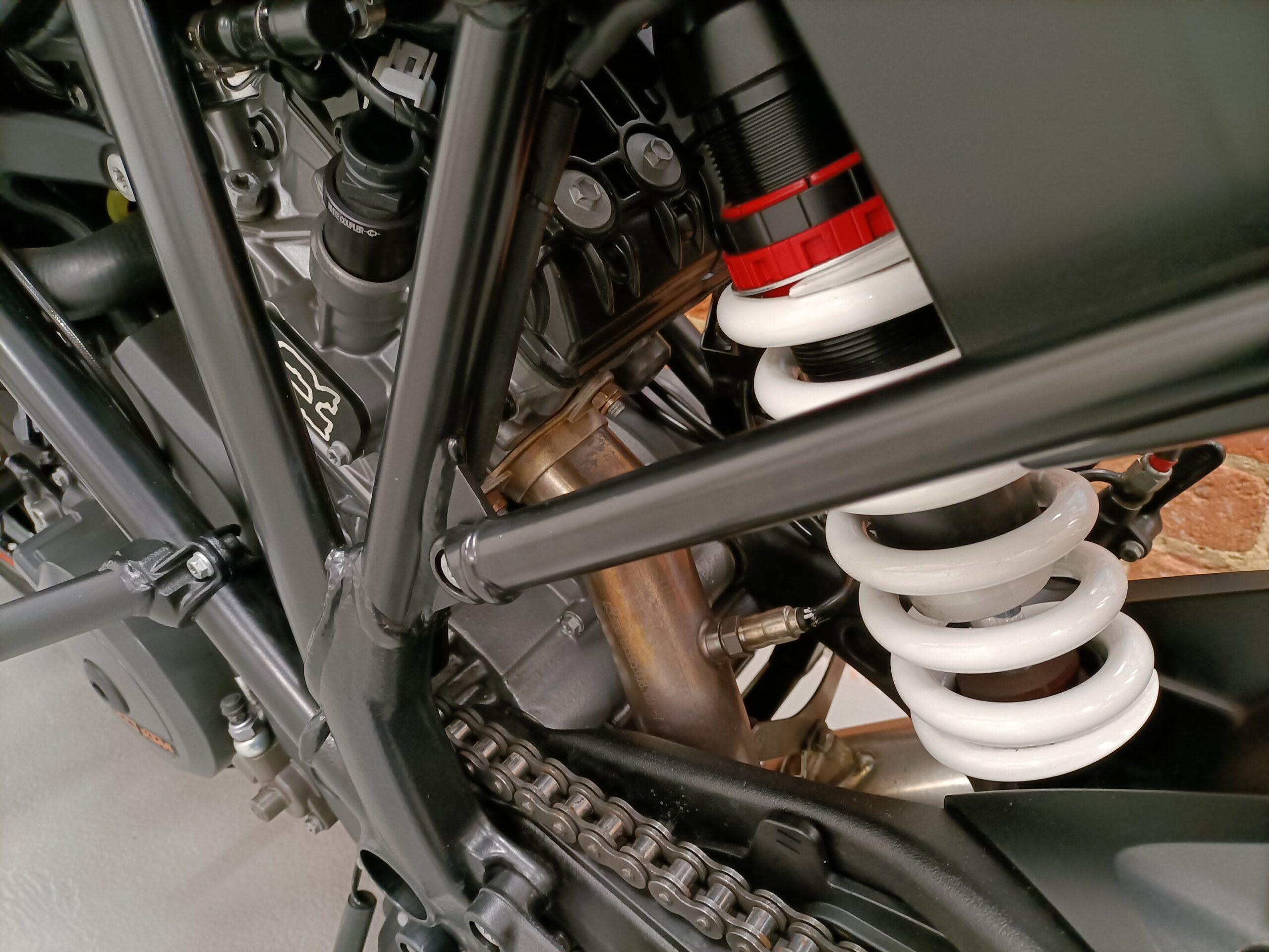 "2018 KTM 1290 SUPERDUKE R ""TRACK PACK PERFORMAMCE PACK ARROW EXHAUST"""