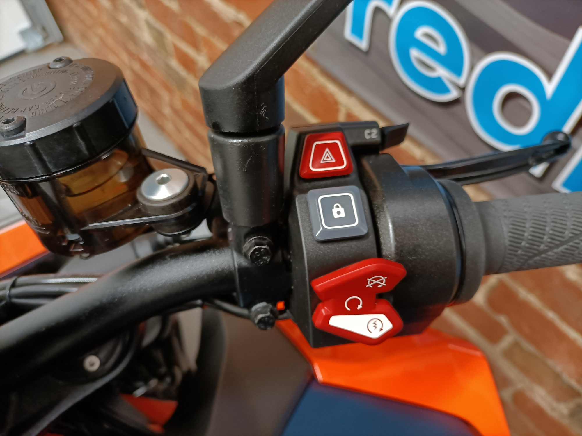 2020 KTM 1290 SUPERDUKE R TRACK PACK LOW MILEAGE